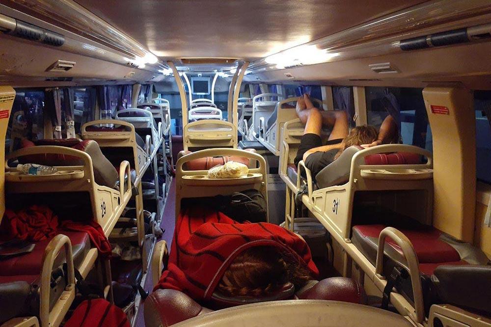 اتوبوس شب رو در ویتنام