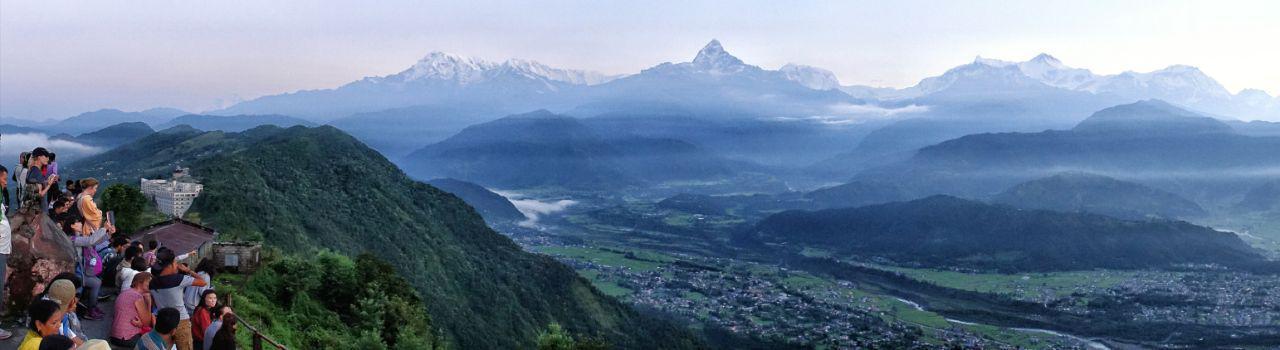 منظره طلوع خورشید در رشته کوه هیمالیا - سارانکوت نپال