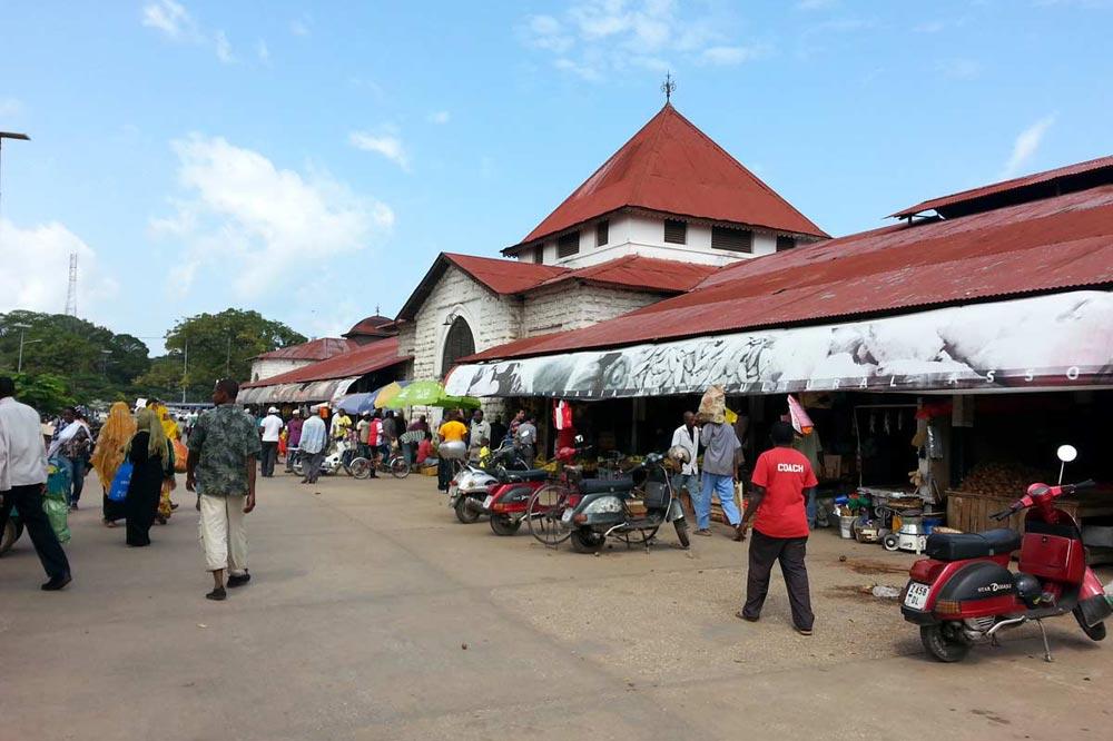 بازار محلی زنگبار