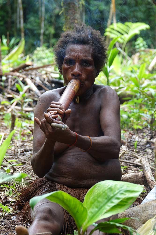 مصرف دخانیات در قبایل بدوی