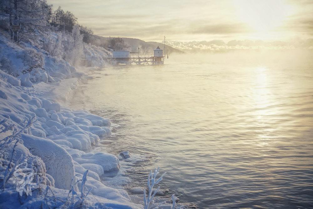 چهره زمستانی دریاچه بایکال