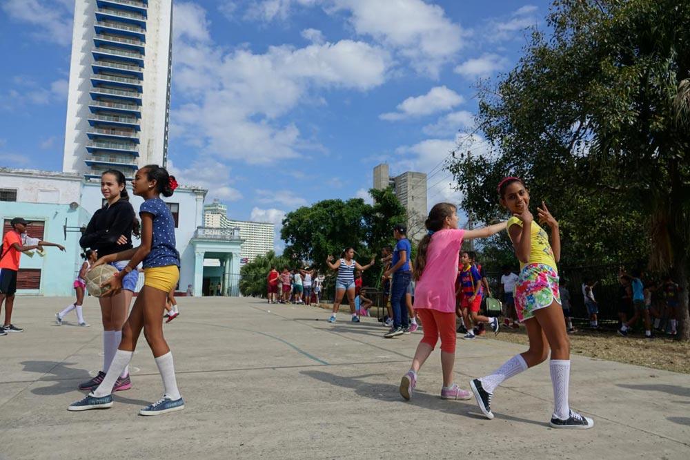 مدرسه در کوبا