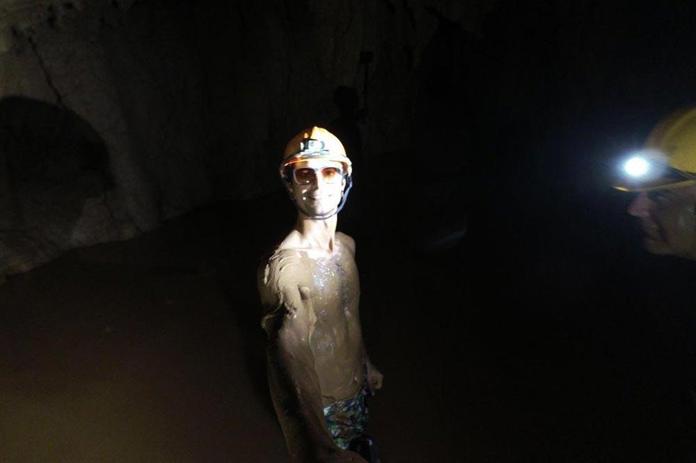 غار گلی ویتنام