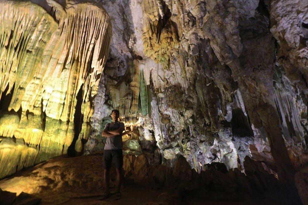غار نوردی در ویتنام
