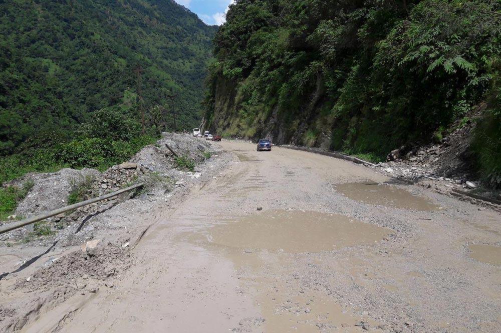 جاده های نپال