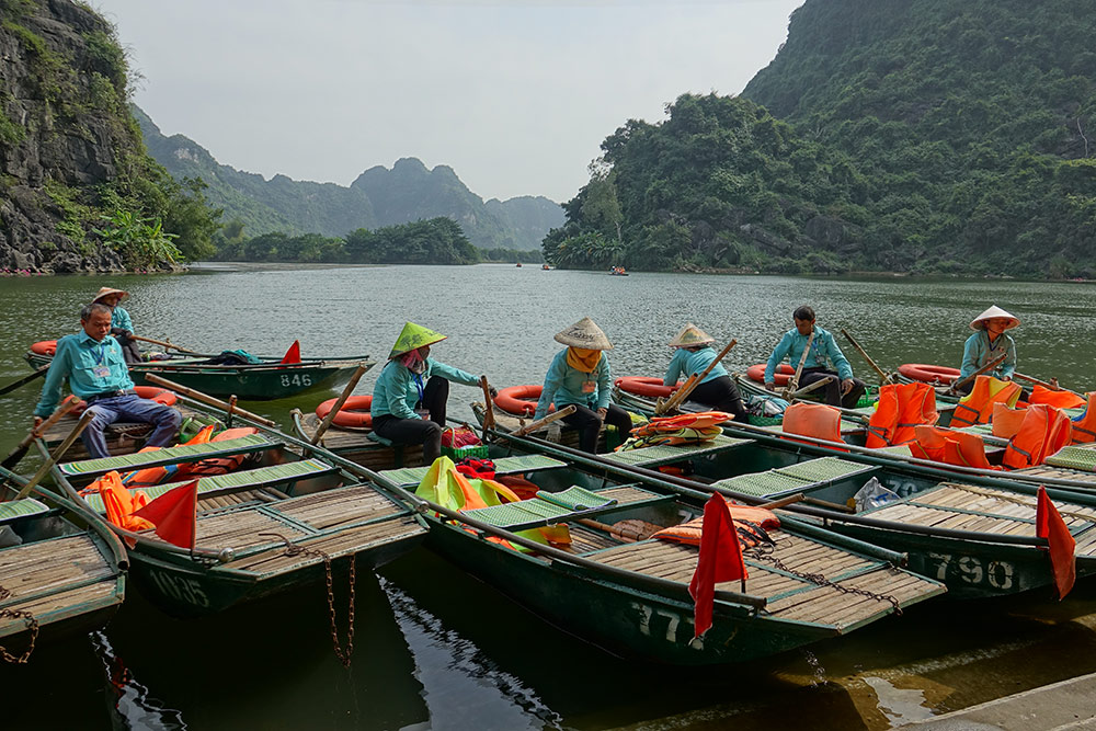 قایق سواری در ویتنام