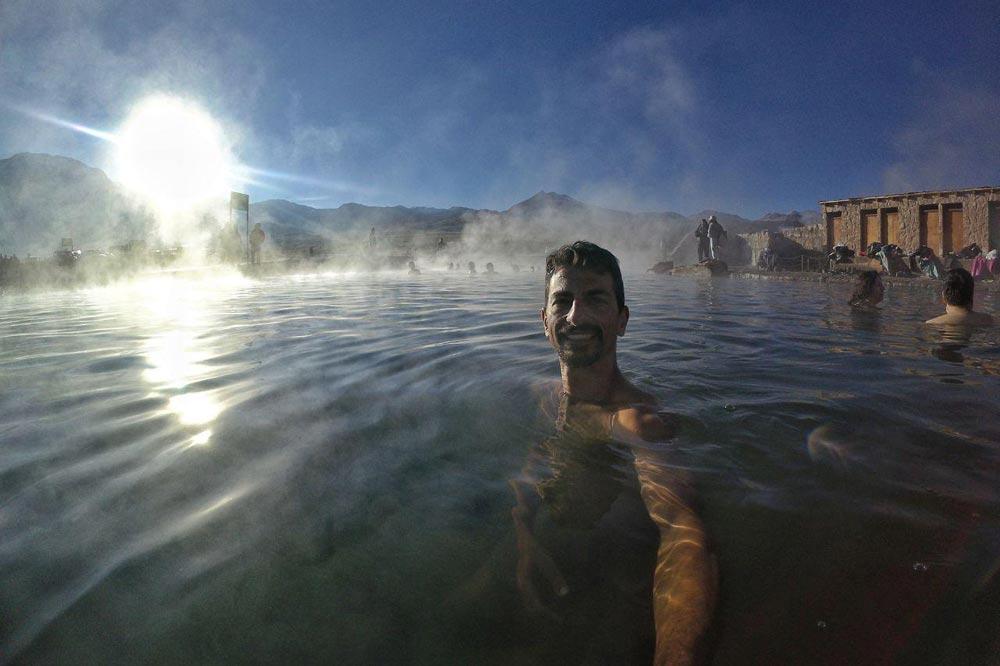 چشمه آب گرم روباز - شنا در دمای زیر صفر