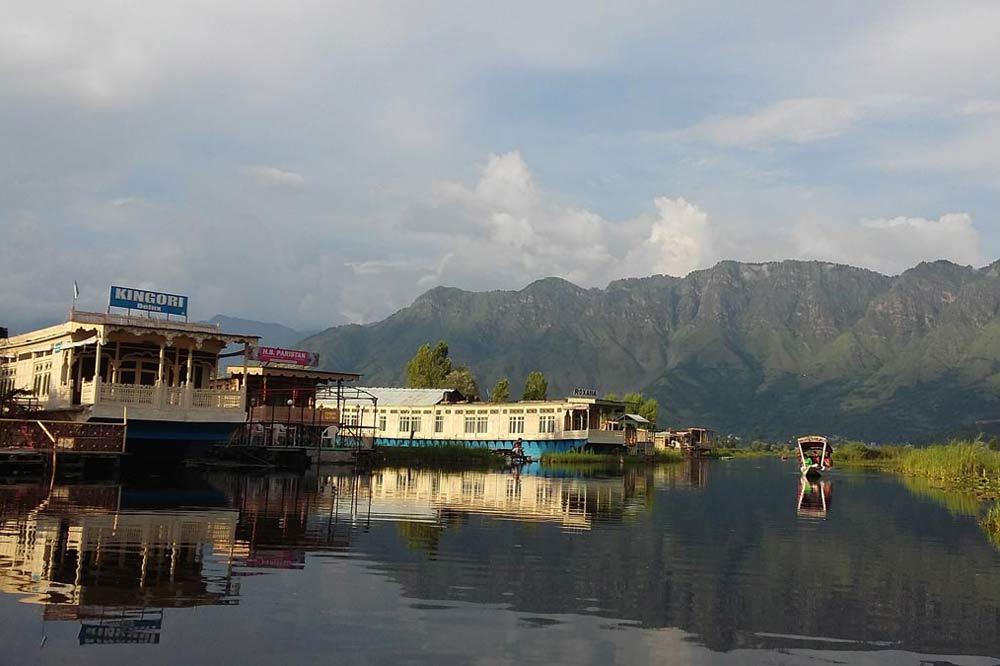 دریاچه دال لیک سریناگر کشمیر
