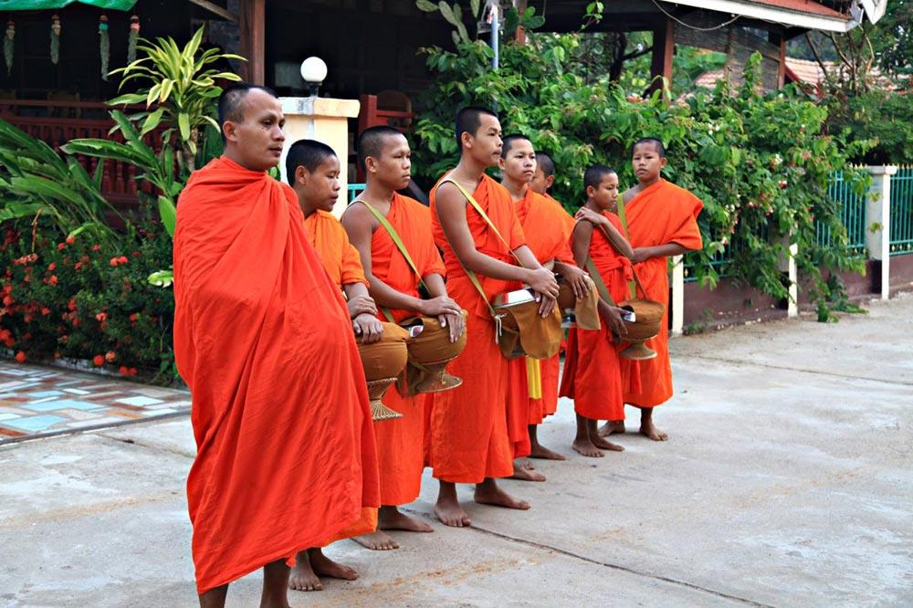 مراسم راهبان بودایی