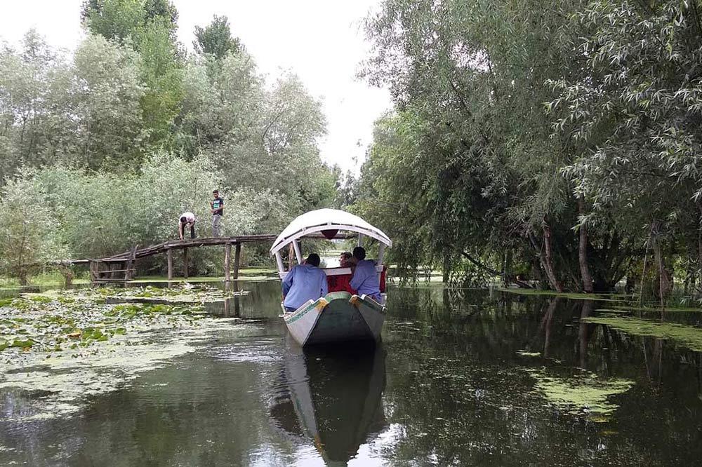 قایق سواری در کشمیر