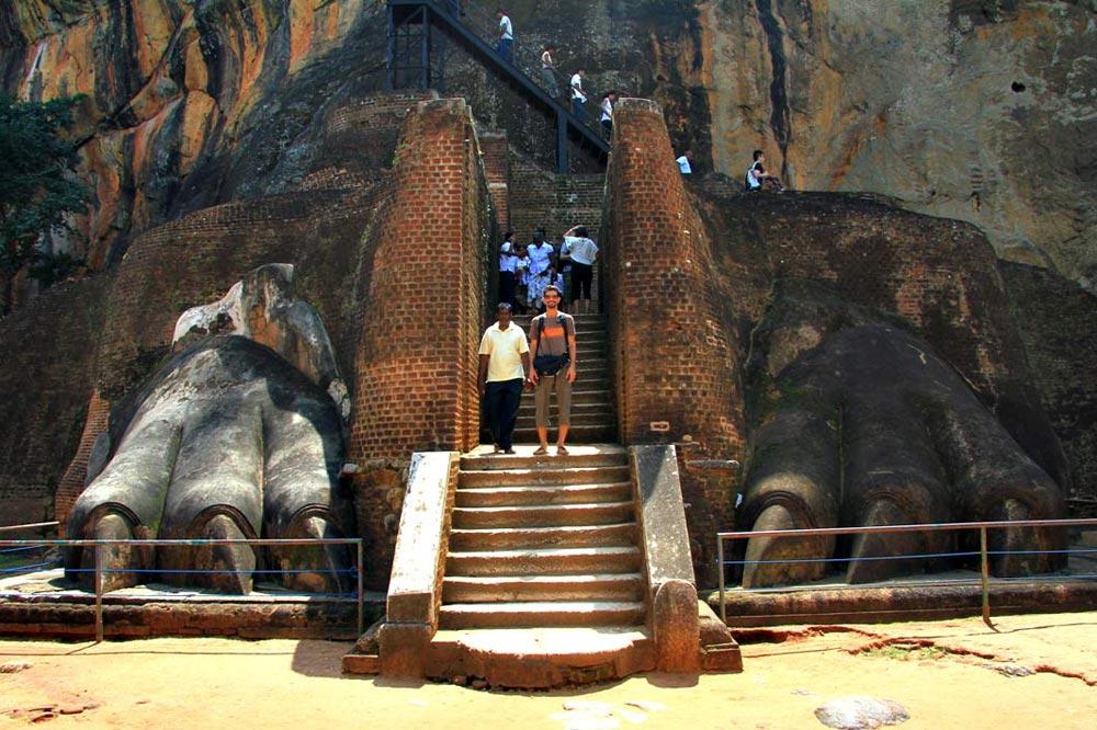 محوطه باستانی سیگیریا در سریلانکا