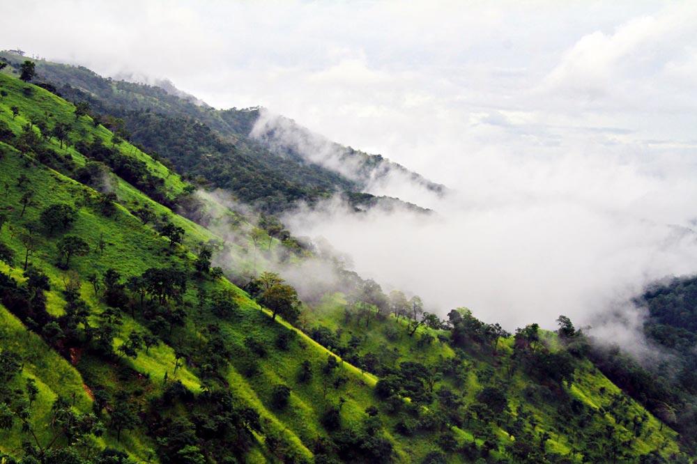 قله آدامز در سریلانکا