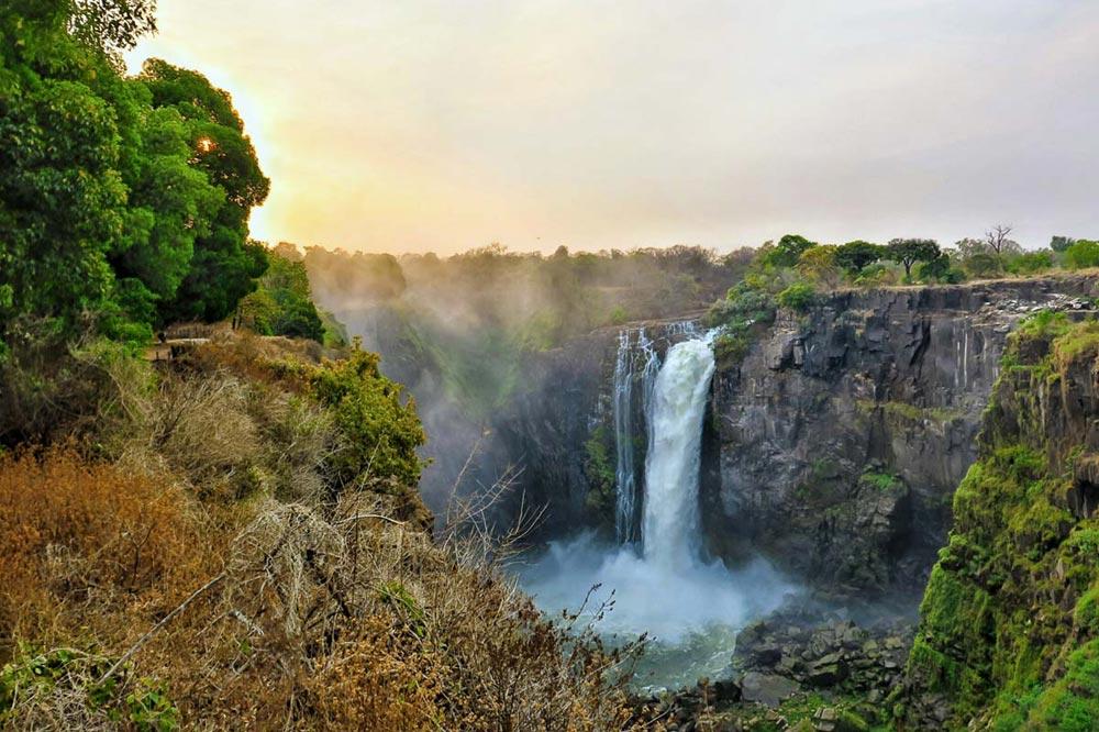 آبشار ویکتوریا زیمبابوه