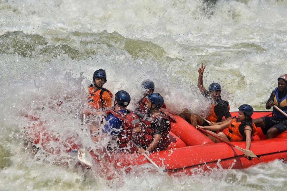 رفتینگ در پر خروش ترین رودخانه آفریقا