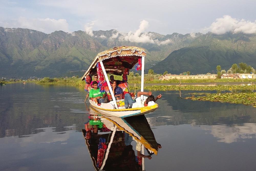 دریاچه دال تور کشمیر