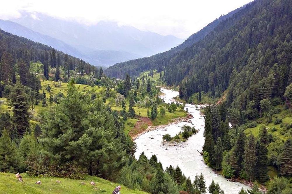 کوهستان پاهالگام تور کشمیر